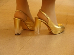 Arany bokaláncok